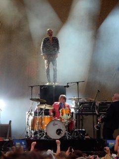 Le trio anversois Triggerfinger a pris de la hauteur sur la scène Zanzibar.